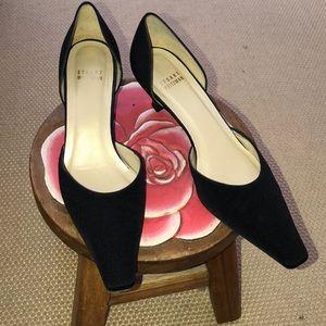 Stuart Weitzman toucan black crepe heels 8.5B